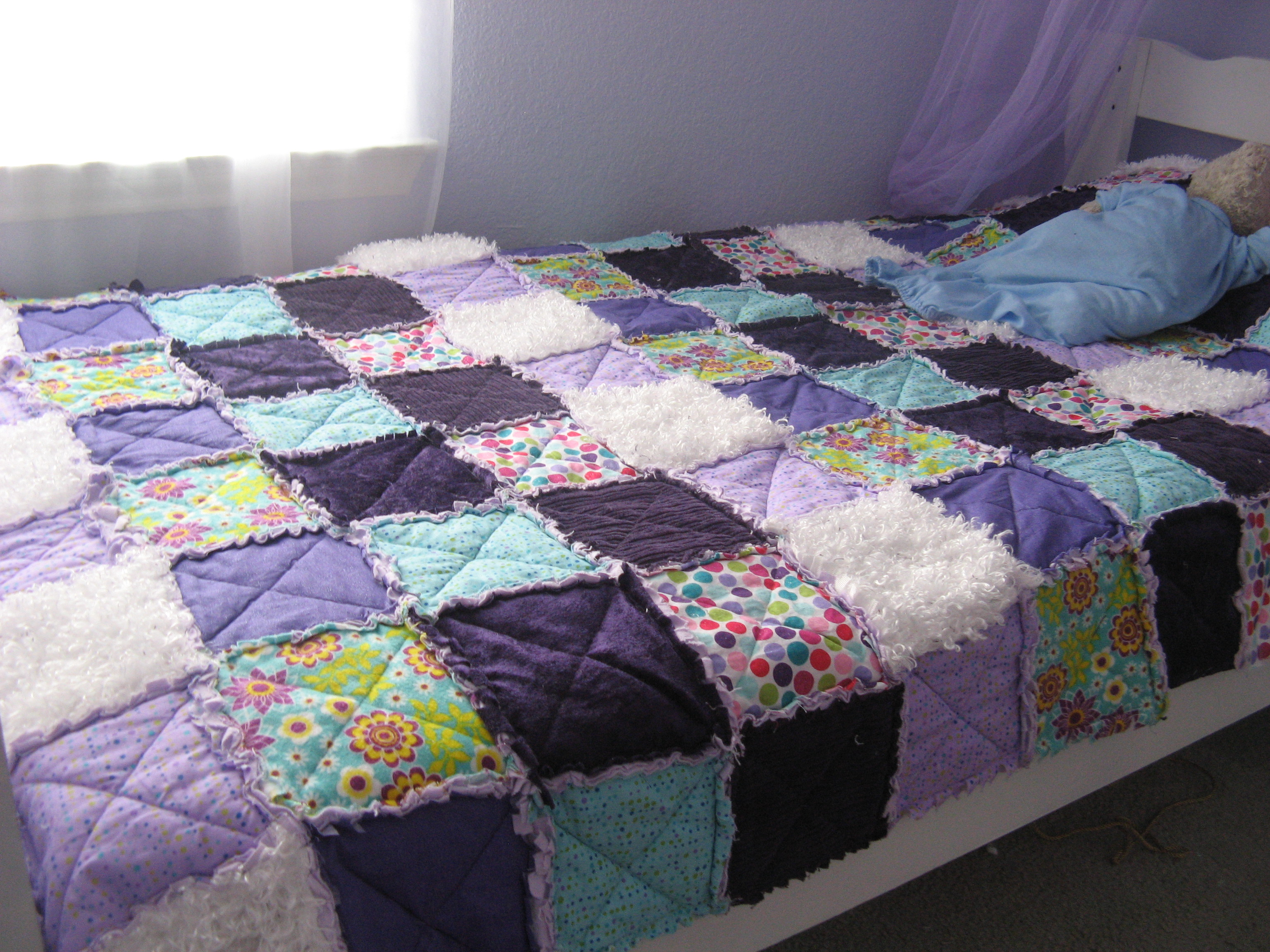 DIY rag quilt | Somewhere In The Middle