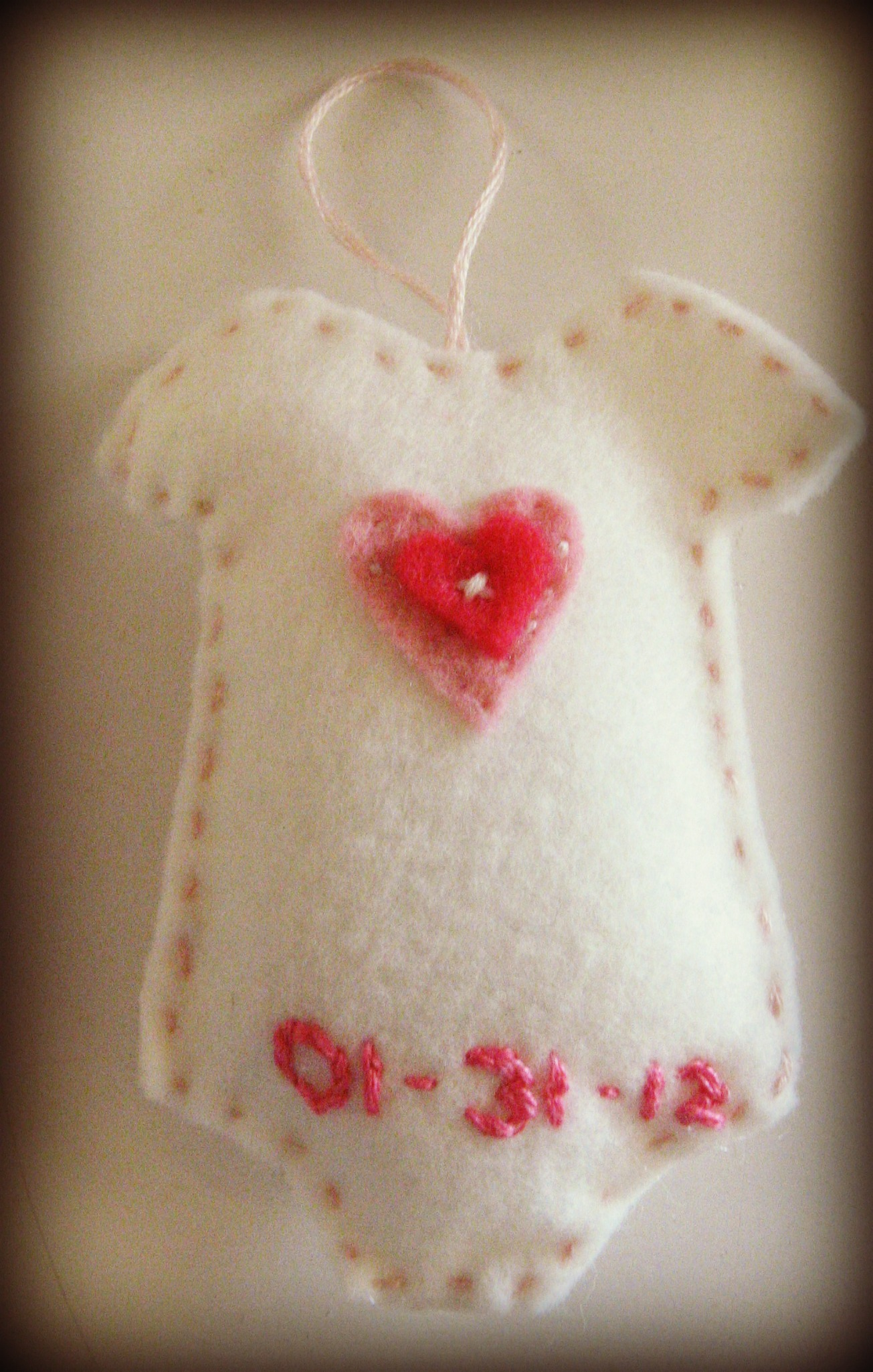 diy ornaments  felt onesie baby ornament