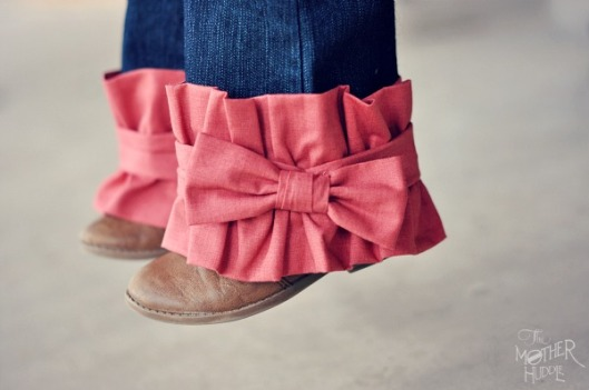 Ruffle-And-Bow-Pant-Leg-Tutorial